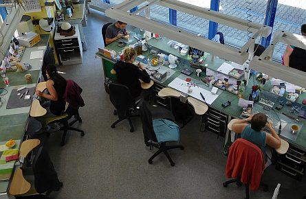 Team bei der Arbeit Dentalstudio